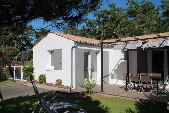 Villa La Pinède- Oléron - Piscine - Wifi gratuit