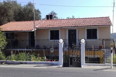 Villa kastri - Corfu - Huis