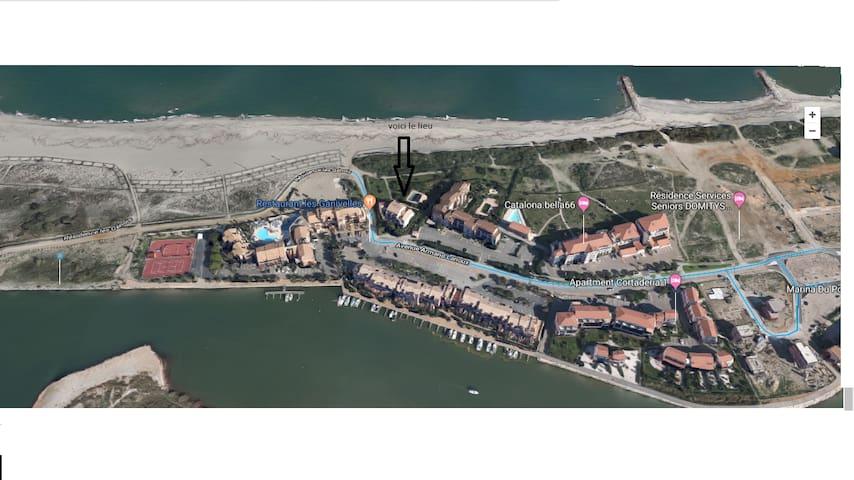 T2 accès direct mer à 30m piscine +parking