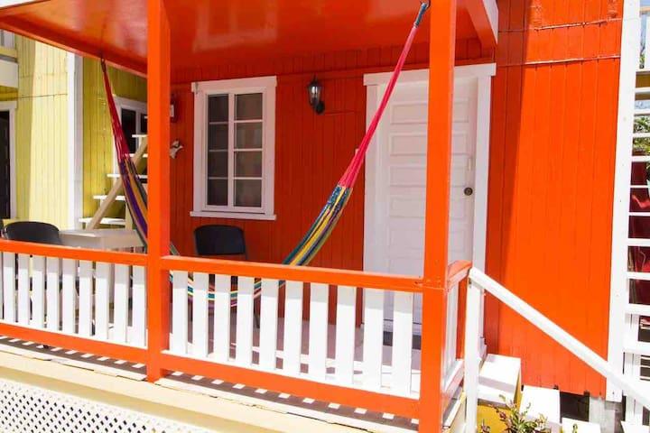 Sea view, hammocks, AC, Wifi, next to split MPH