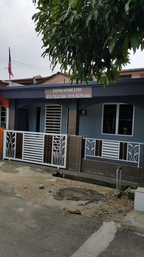 Zafna Homestay - Tanah Merah, Kelantan