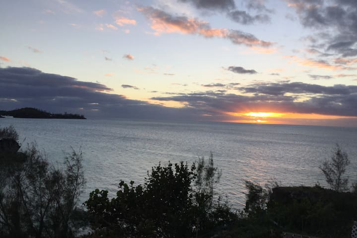 Seaview Bermuda Upper - Your Island Getaway - Sandys Parish - Apartment