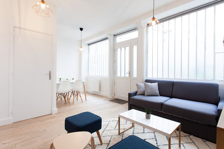 Splendid bright apt and Sacred Heart design - Professional Cleaning