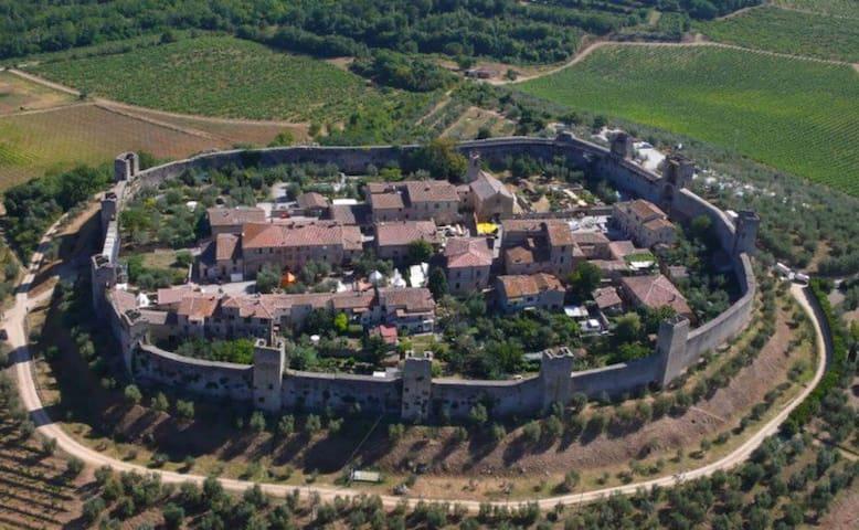 Monteriggioni Castello, Suite