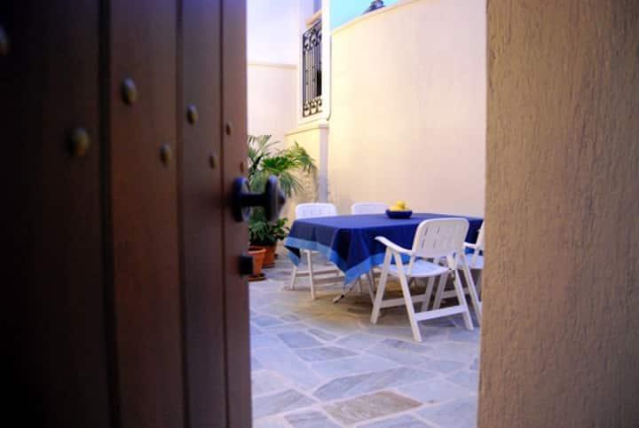 Oasis Apartment - Spacious luxury!