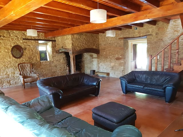 Beautiful converted farmhouse in rural location - Lagoa