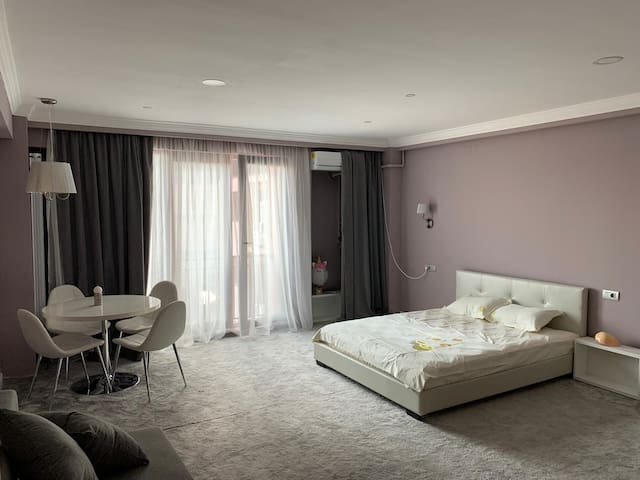 Coral Mamaia Summerland Residence
