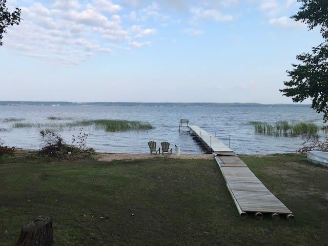 Little Bay de noc waterfront retreat