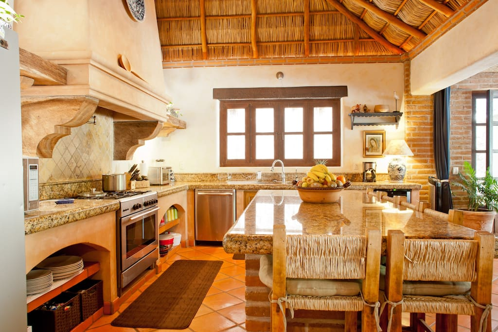 Chic Beach Retreat-$350/Nt Apr-Oct!
