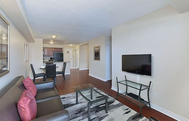 1 Bd/1 Bth-Ready Move-In-Toronto East-Furnished