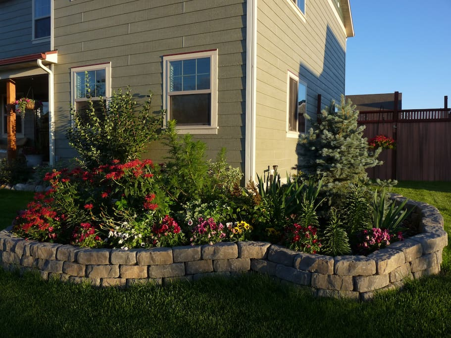 Floral Candy Surrounds & Front Gardens
