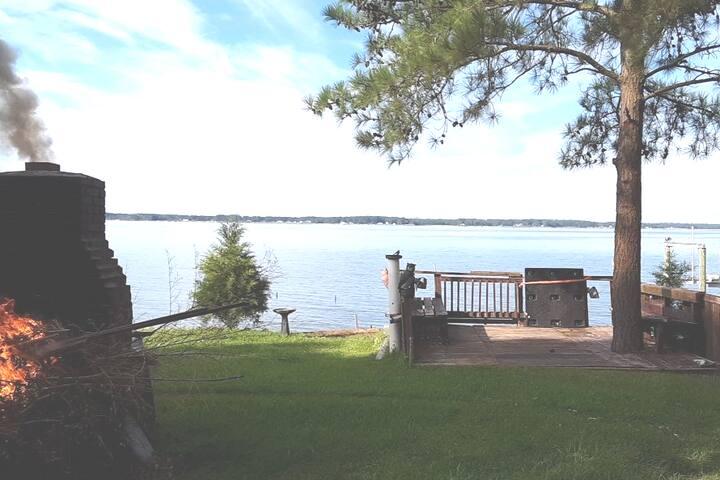 Gwynns island getaway waterfront bedroom