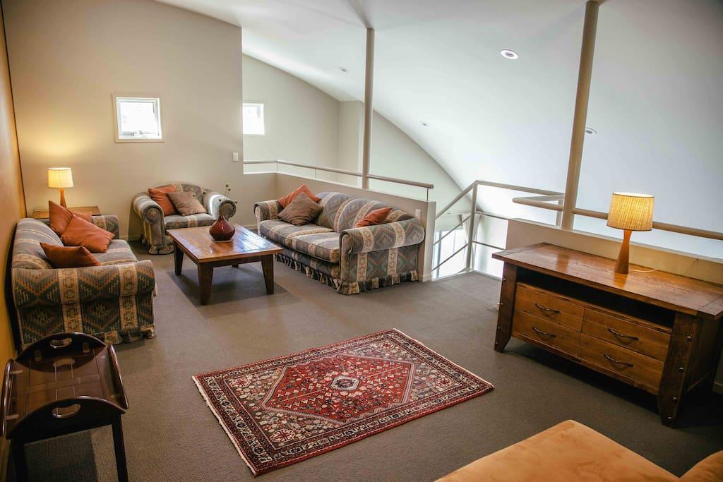 Large upstairs lounge