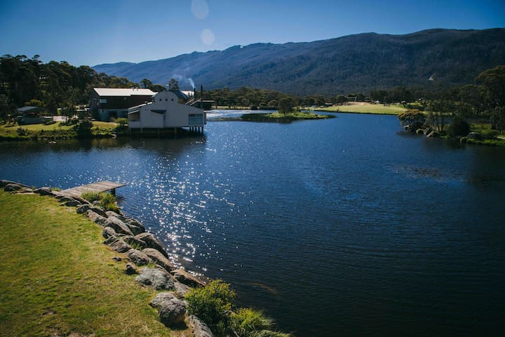 Lakeside Apartment at Crackenback - Crackenback - Apartment