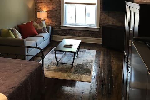 Studio In Historic Soulard - ALL NEW