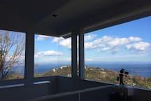 180 degree views