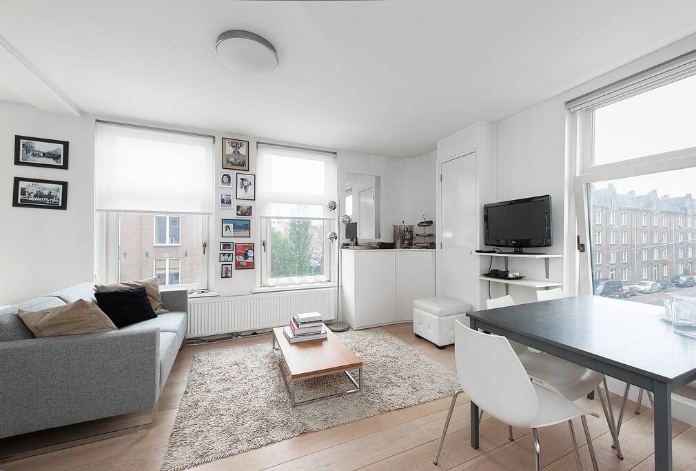Amazing stylish apartment jordaan appartamenti in for Appartamenti amsterdam jordaan