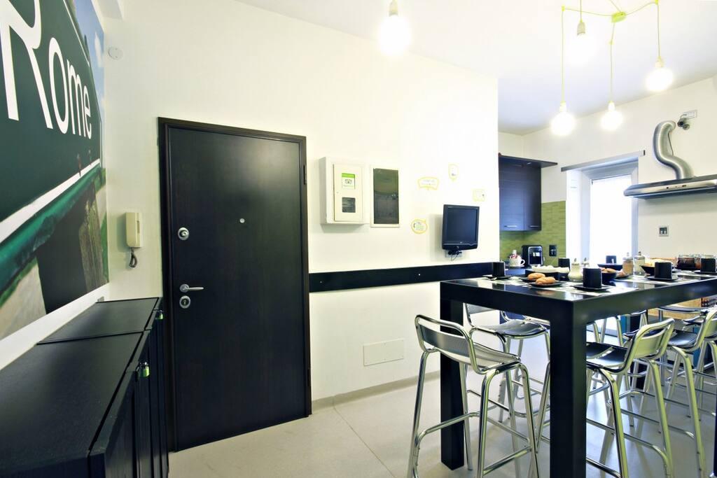 ingresso e sala colazioni
