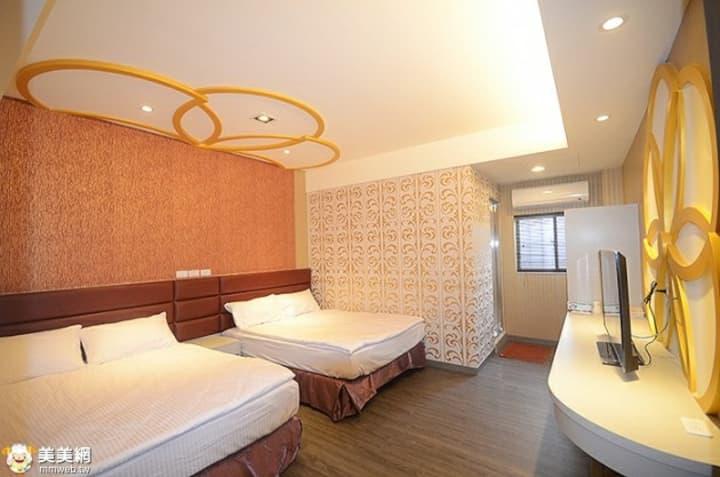 鳳蓋房-后里優質住宿、麗寶樂園住宿,舒適的房間,讓你的旅遊添加更多好的回憶。