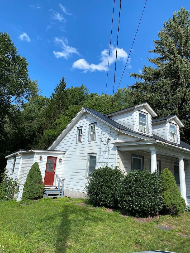 Windham/Hunter Farmhouse