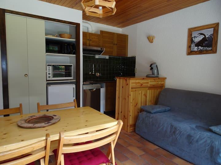 Pleasant apartment next to the cross country ski area