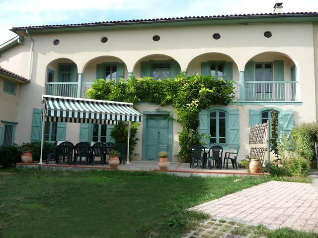 Confortable maison de caractère - Estadens - Rumah