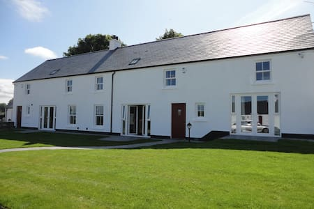 Finn Valley Cottages  -Finn Cottage - Hus
