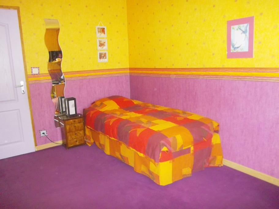 Chambre color e epernay houses for rent in epernay champagne ardenne france - Chambre coloree ...