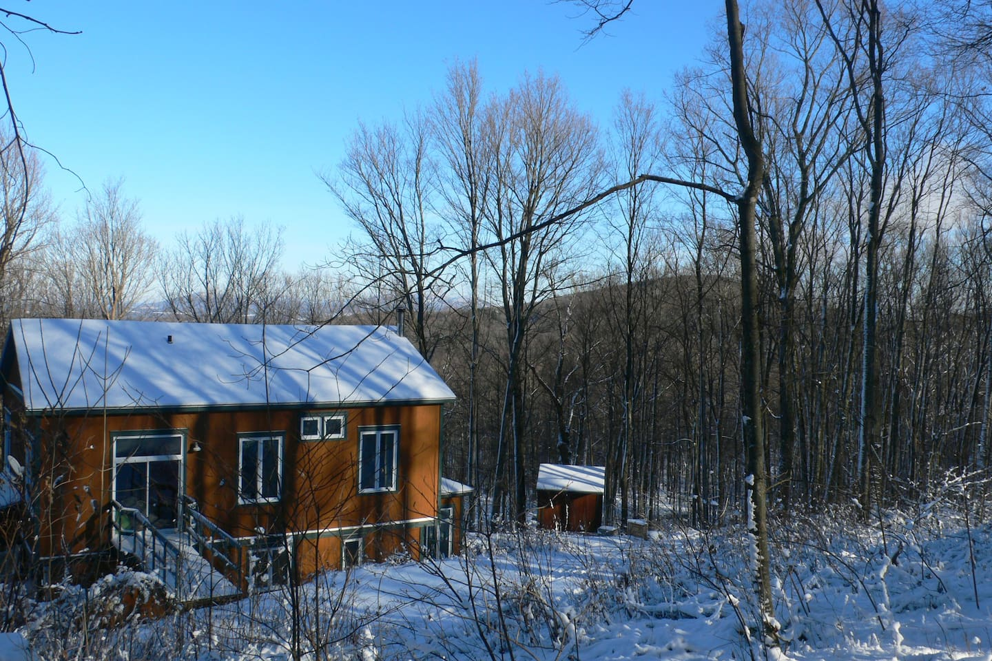 Eastern Townships Paradise: view from the back