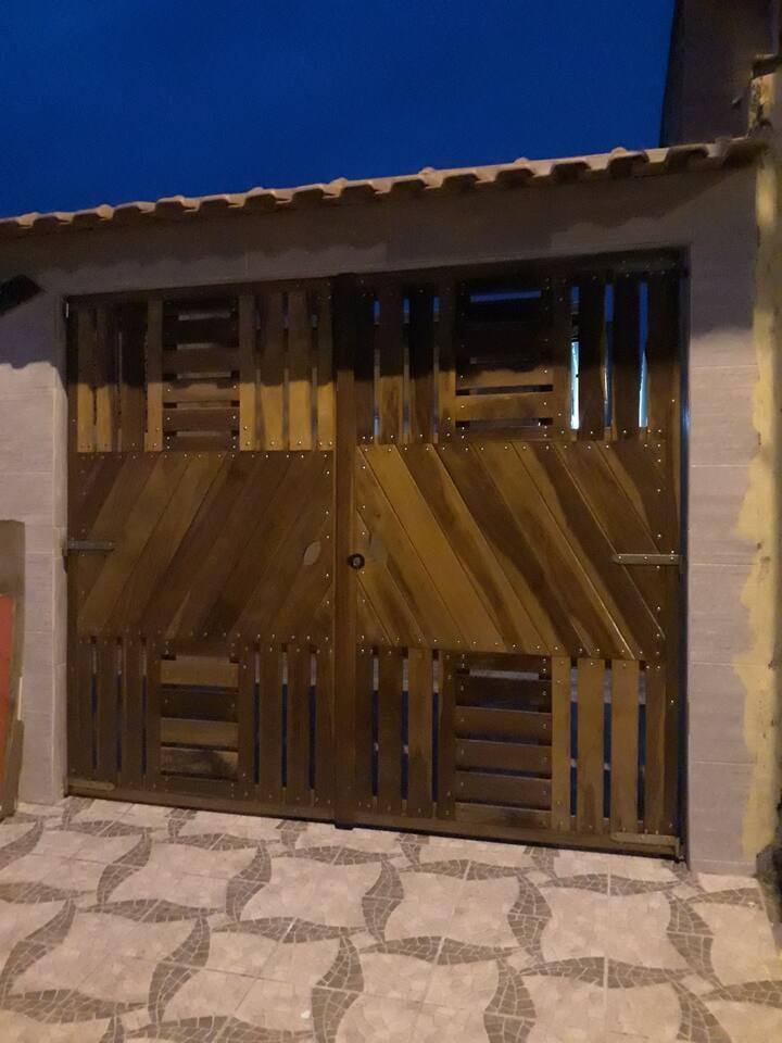 Casa para locação em Mongaguá  litoral sul