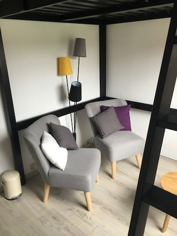 Cosy room with private bathroom! - Antwerpen - Hus