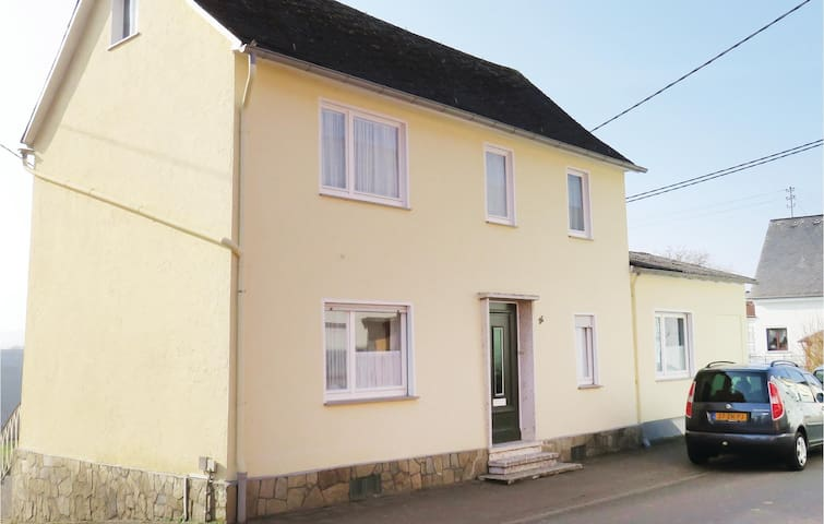 Holiday cottage with 3 bedrooms on 130m² in Patersberg