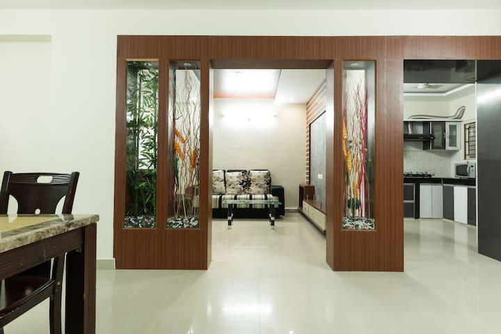 Fully furnished flat @ Hitech city