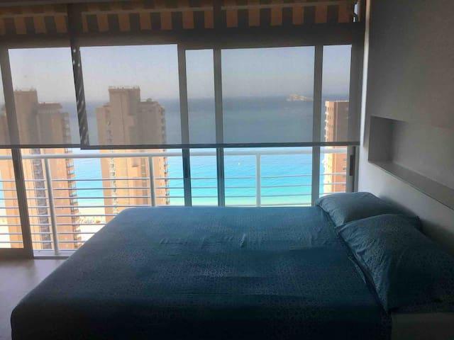 Una cama colchón comfort 150x190