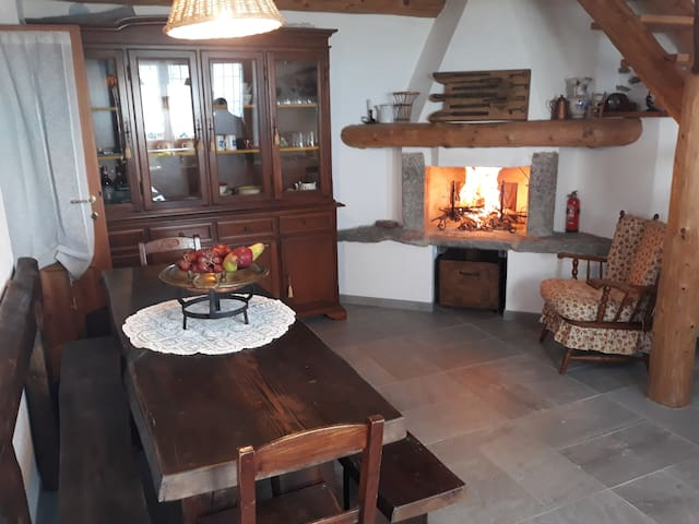 La Montagna e' Viva casa Albertina CIR10304500005