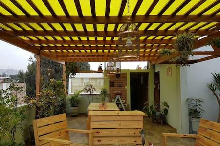 Mini departamento con terraza - Santiago de Surco
