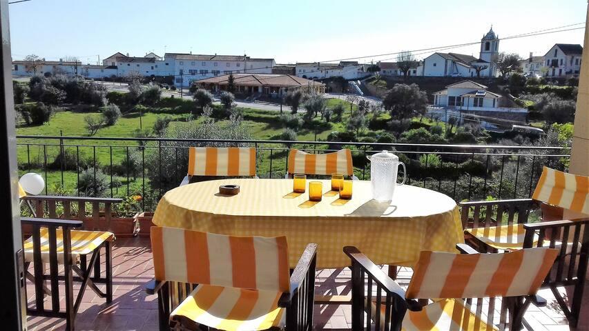 CAOXE -  Pedrogão Pequeno home with a view