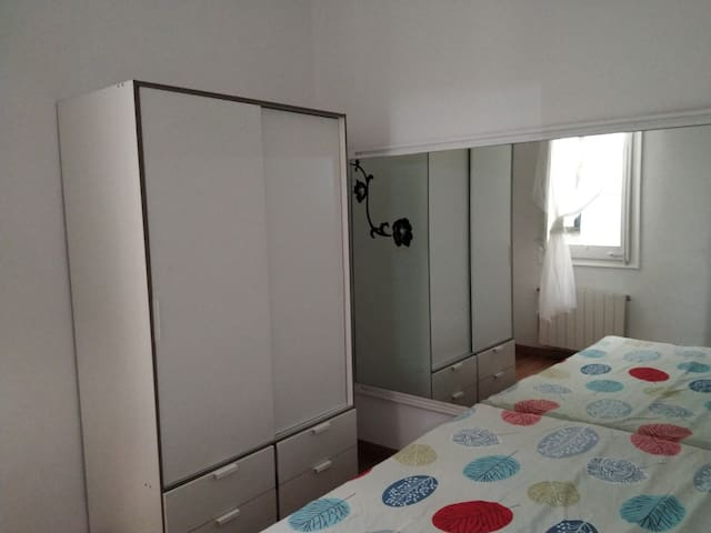 Nice double room Barcelona centre