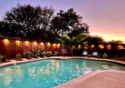 Cool off in the POOL at this North Dallas Oasis!!