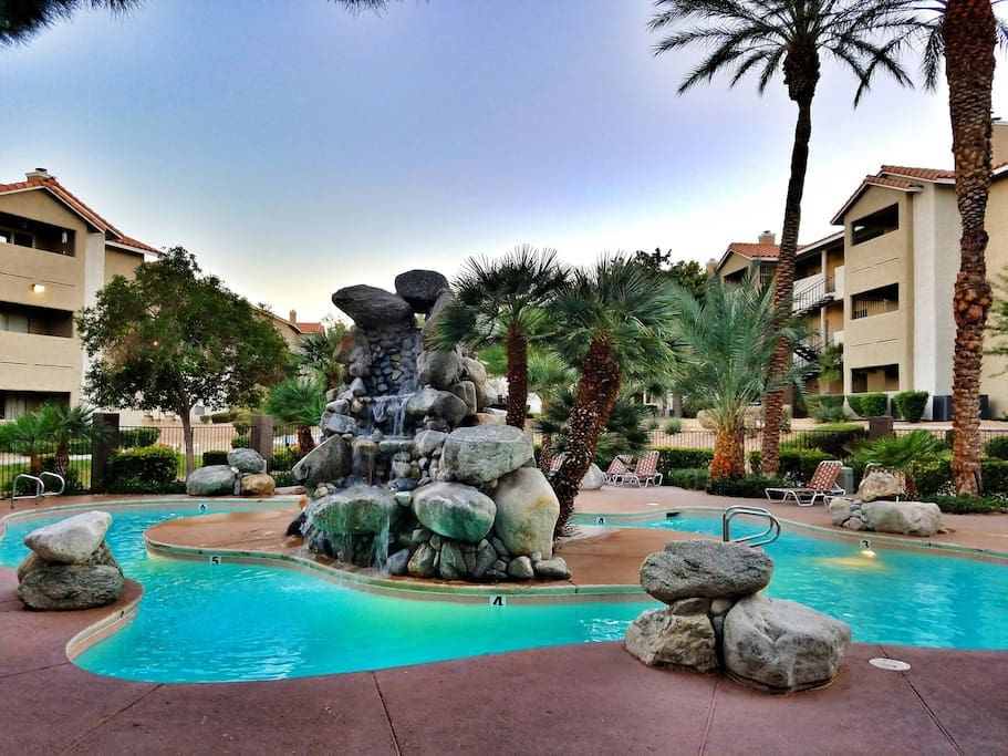 Public Spa Pools Gold Coast