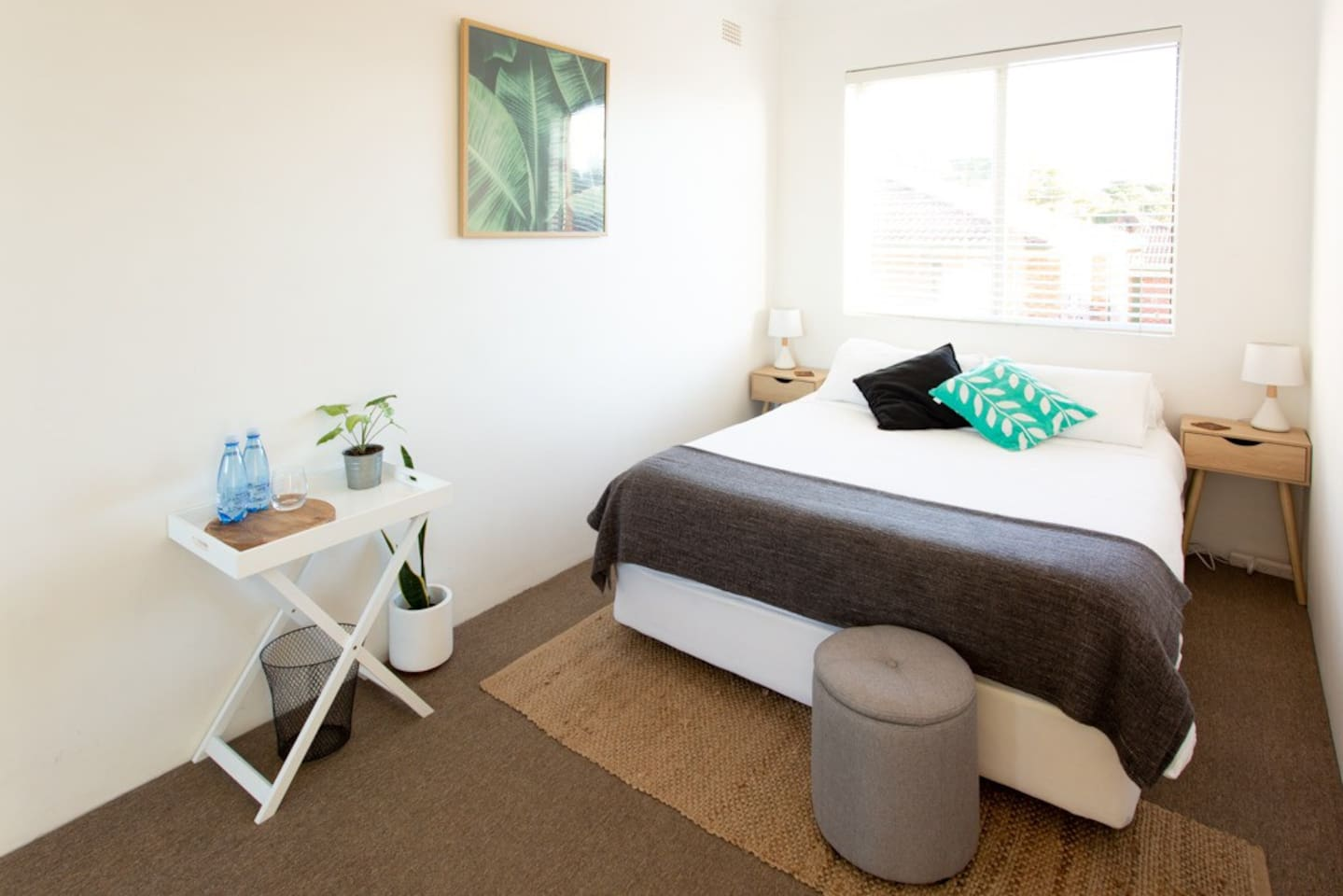 The bedroom with a comfy queen size memory foam mattress.