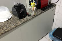 Flat térreo ZN do Recife em vizinhança residencial