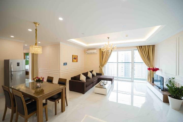 Luxury Apartment 3BR Seasons Avenue Sky View Hanoi