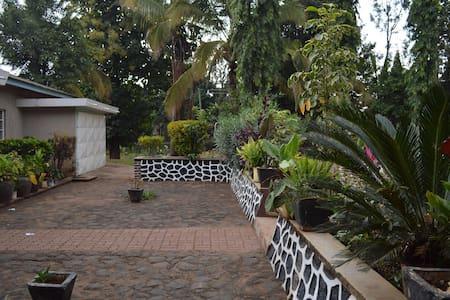 eco africa - Moshi Urban