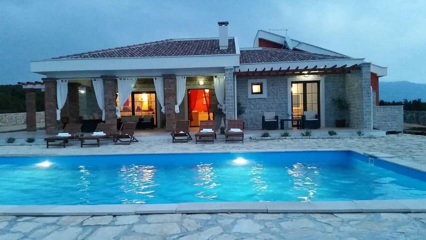Villa Paradise - Novalja - Casa