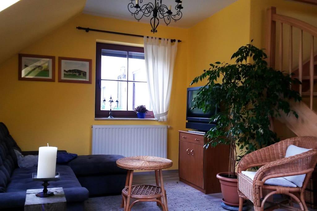 Wohnzimmer mit Sofabett