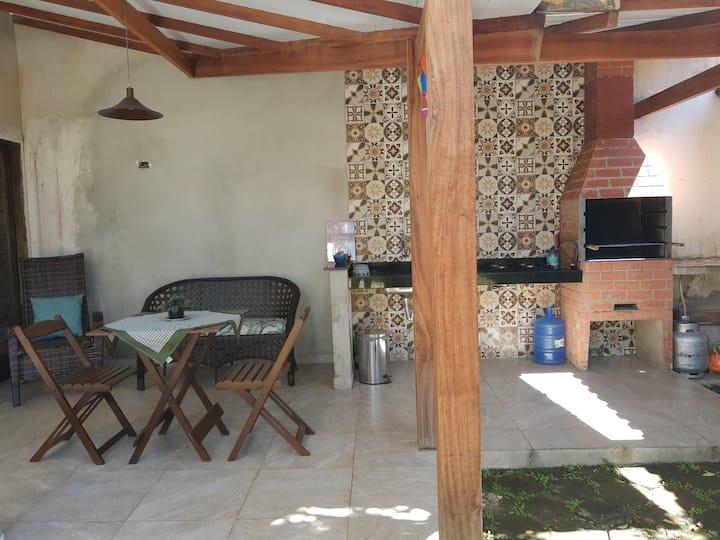 Casa da Vivi , wifi, ar condicionado 1,5km centro