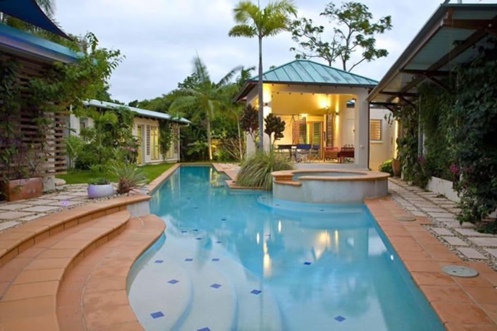 25 metre heated / cooled pool, large spa, outdoor dining area in an ultra private tropical garden