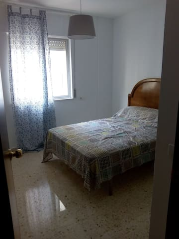 Room with Double Bed in Jerez, Spai - Jerez de la Frontera - Apartemen