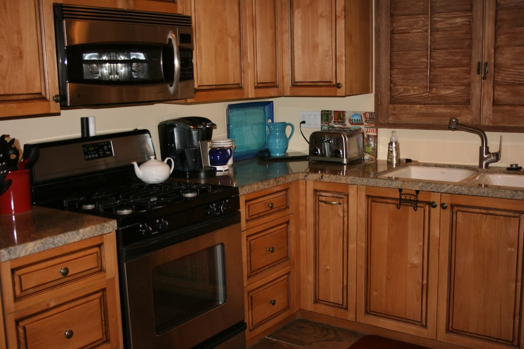Full Kitchen with gas stove and all amenities